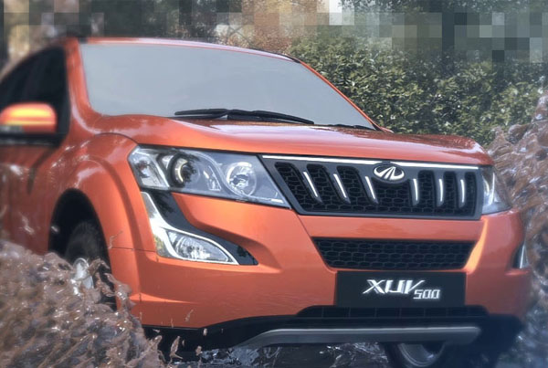 Mahindra XUV 500 Web graphics